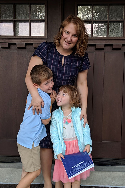 Jamie with her kids