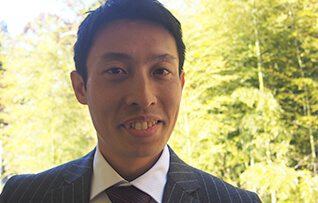 Hitoshi Suga