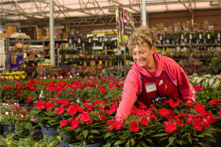 Search Seasonal Jobs At Lowe S Inc