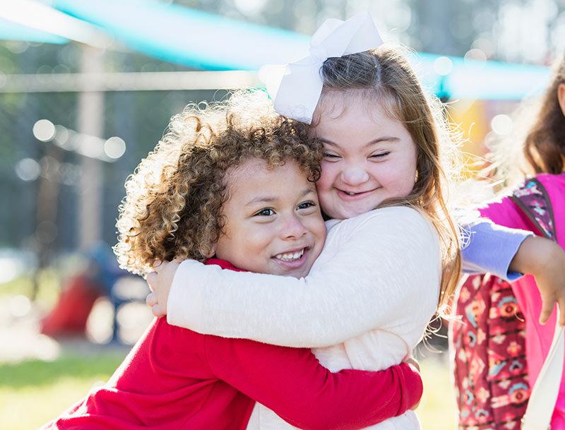 Children hugging each other