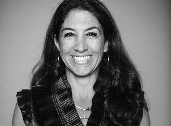 Picture of Dr. Jennifer Anger
