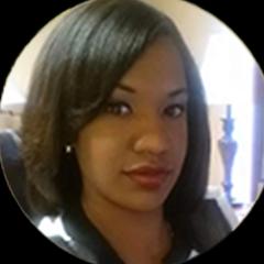 Amanda - Customer Service Specialist
