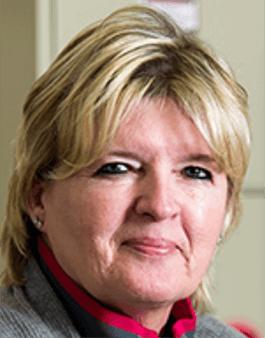 Clerk Rena Lemmons
