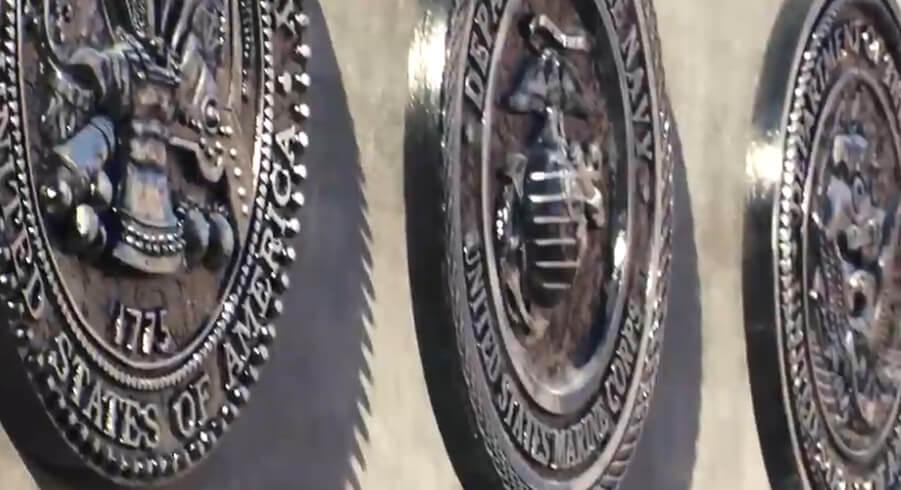 礼来奉献退伍军人荣誉墙(视频)