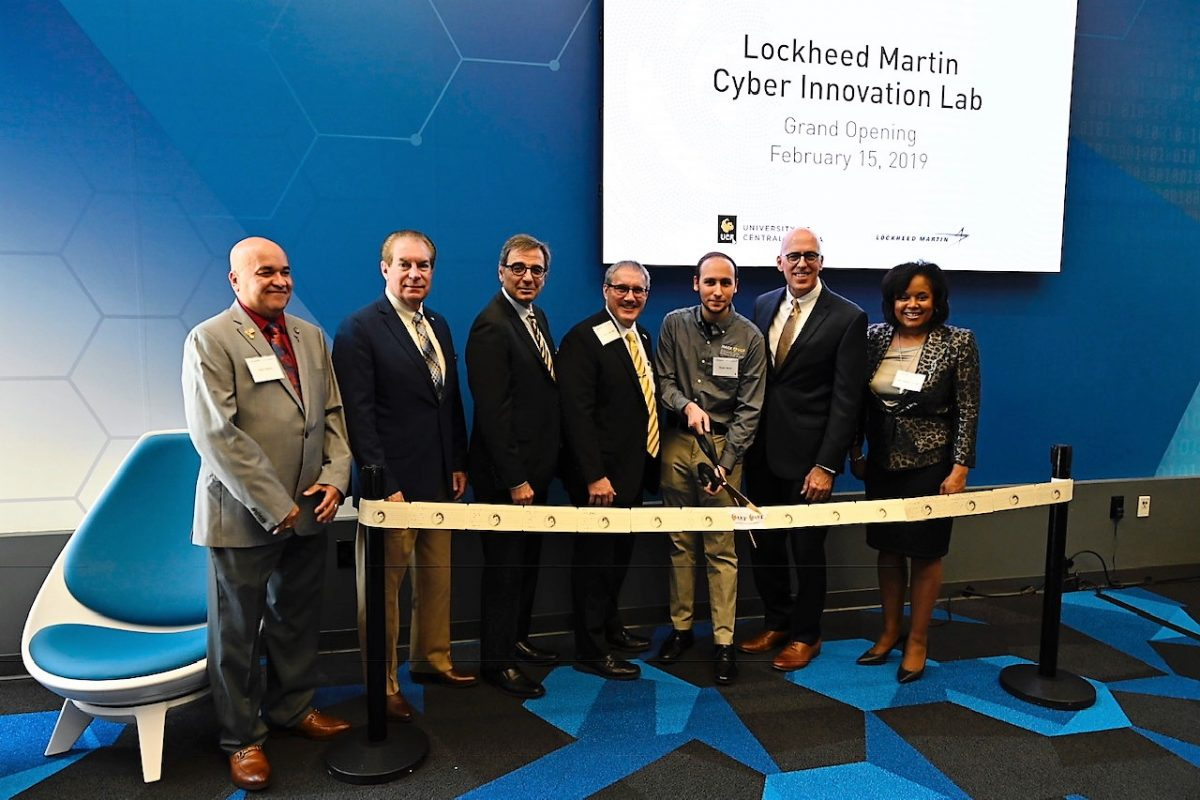 ribbon cutting ceremony for new lab opening